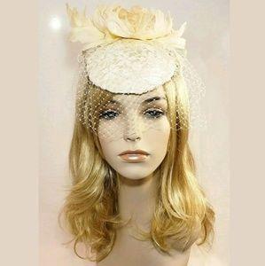 Luxury Retro Wedding Cream Satin Hat Fascinator
